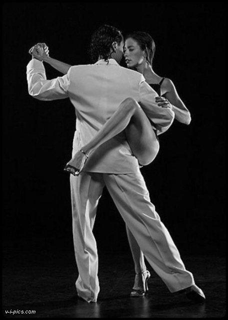 Le Tango c'est rétro... Ho non juste magnifiquement beau!!!   Bisous et douce nuit à vous
