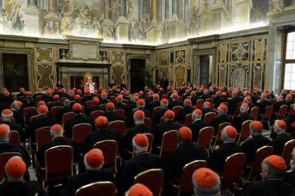La fronde s'étend jusqu'à ROME.Bonnets rouges