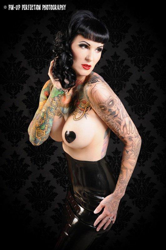 Joli tatouage mesdames :-)
