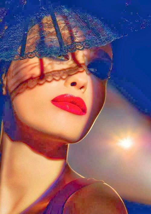 Je touche tes lèvres, je touche d'un doigt le bord de tes lèvres, je dessine ta bouche