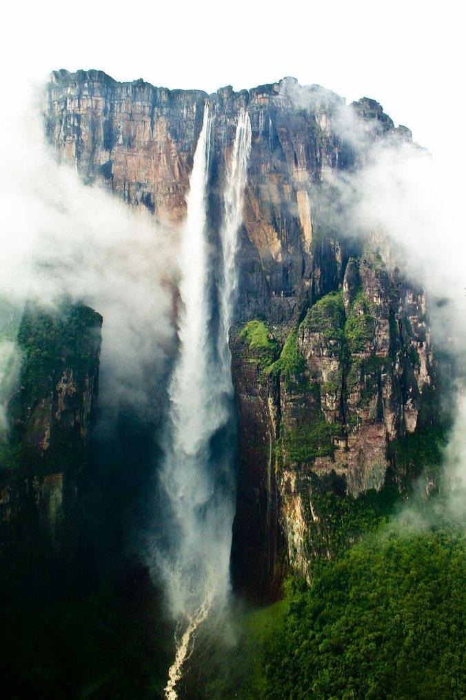 Venezuela  -  Chute d'eau Salto Ángel