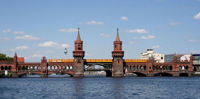 Barrière d'octroi  -  Berlin  -  Oberbaumbrücke