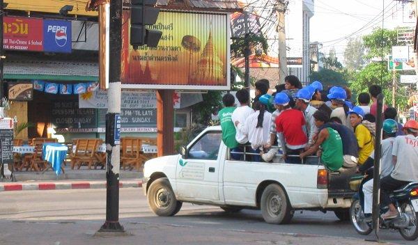 5 règles pour survivre sur les routes en Thaïlande