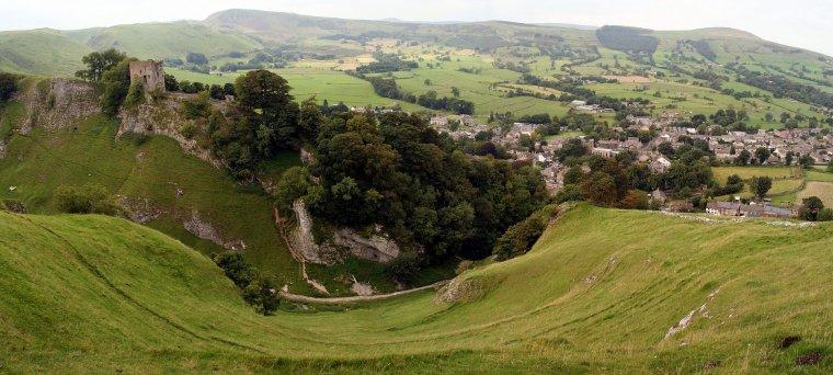 Bourgs et villages pittoresques  -  Castleton (Derbyshire)