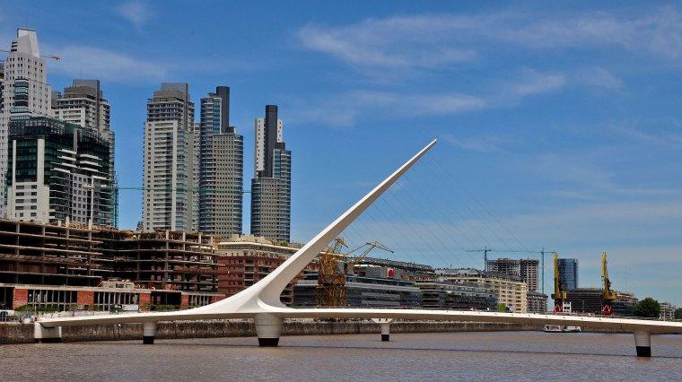 Argentine  -  Puente de la Mujer