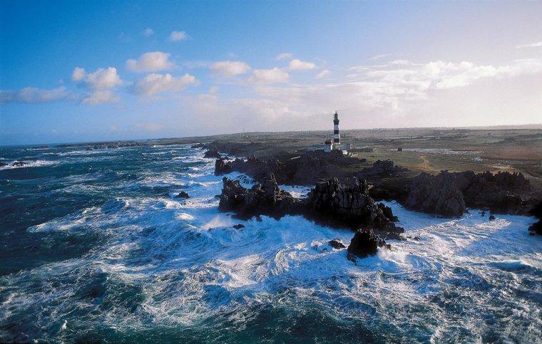 Pointe de la Bretagne  -  L'Abeille Flandre, chasseur de tempête