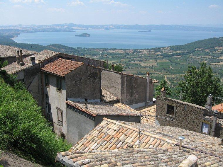Italie  -  Lac de Bolsena