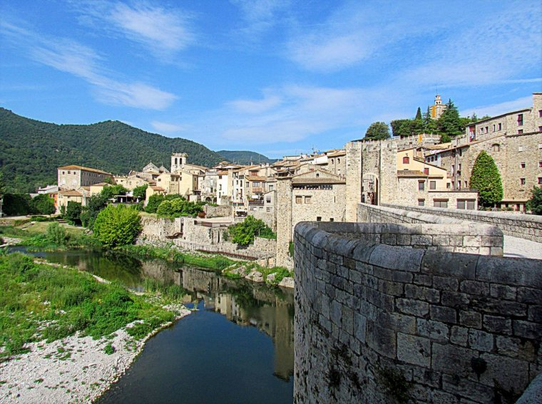 Espagne  -  Besalú