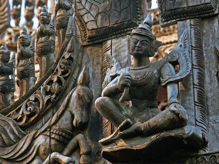 Birmanie  -  Monastère Shwenandaw
