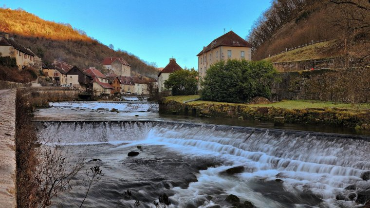 France  -  Village de Lods
