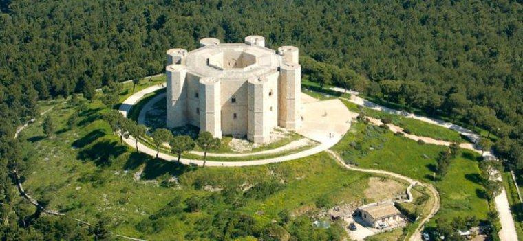 Italie  -  Castel del Monte