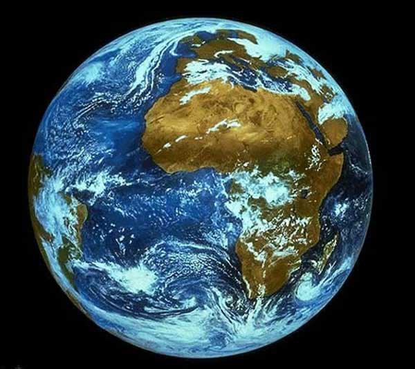 Géographie de la terre depuis ses débuts jusqu'à aujourd'hui