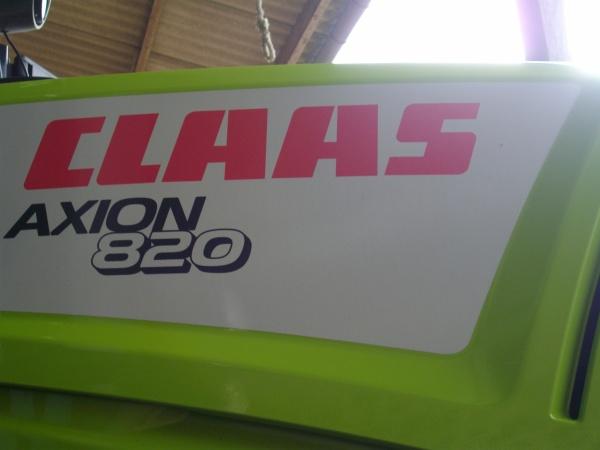 Axion 820