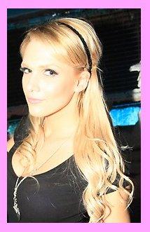 11 MARS 2012  :  Caroline  au  Pacha Club