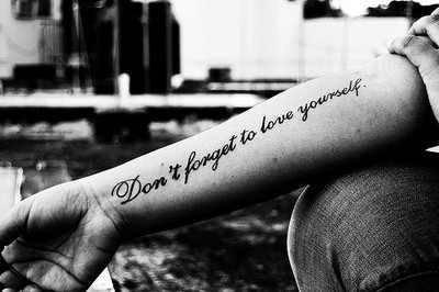 """""""Oublie ce qui t'a blessé dans le passé,mais n'oublie jamais ce que cela t'a appris""""  -Cherry Blossom"""