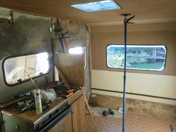 Achat et renovation caravane sandra remi blog de pascal0931 - Renover une caravane ...