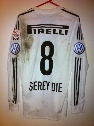 Maillot porté Serey Die Servette-Bâle 12/13