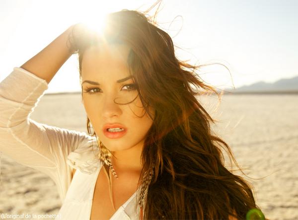 """- Voici la pochette du prochain single de Demi """"Skyscarper"""" qui sortira le 19 juillet. -"""