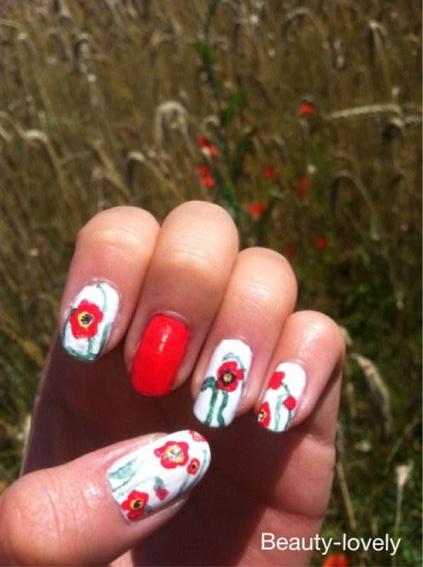 Nail Art coquelicots