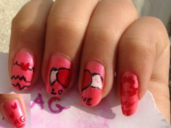 Nail Art LOVE reproduction