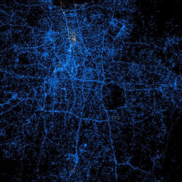 'Light show' maps showcase Twitter, Flickr usage around the world Part 002