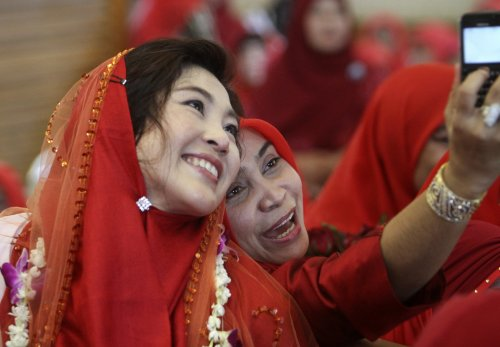 If you want it done right, hire a woman!:  Yingluck Shinawatra