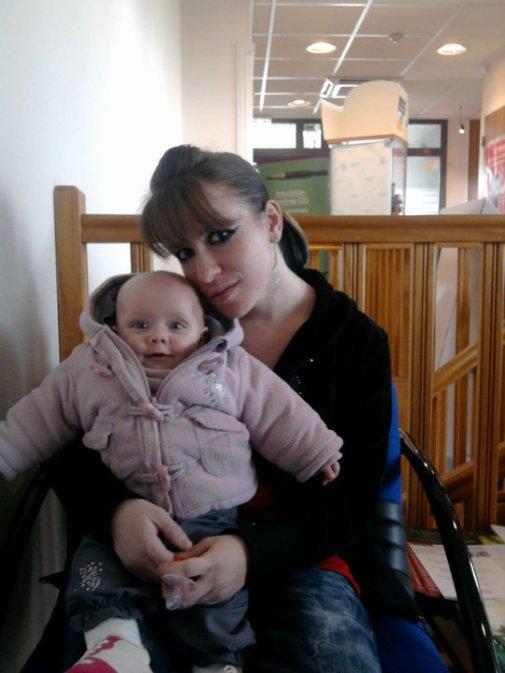 <3 JULIA ma petite niece<3