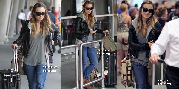 _  04/07/11___Olivia arrivant à l'aéroport de Montréal du vol partant de LAX à Los Angeles. TOP !  Oh mon dieu j'adhère et j'adore cette tenue. L'une des plus belle tenue de l'année pour Olivia. Elle est magnifique .  _     06/07/11___Olivia s'est rendu dans un centre de beauté/santé à Montréal le « DermaLounge ». FLOP !  Je detèste la robe et les bottes en daim camel ne vont pas du tout avec le reste de la tenue tout est en désaccord .!  _