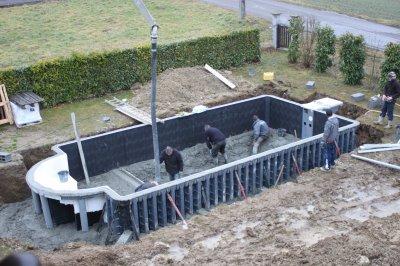 Jeudi 26 janvier coulage du b ton mon r ve for Prix piscine beton 8x4
