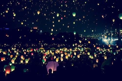 Faire confiance à la vie. Oser y croire. Et rallumer les étoiles. Une à une s'il le faut...
