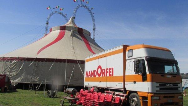 circo nando orfei angera (italie)