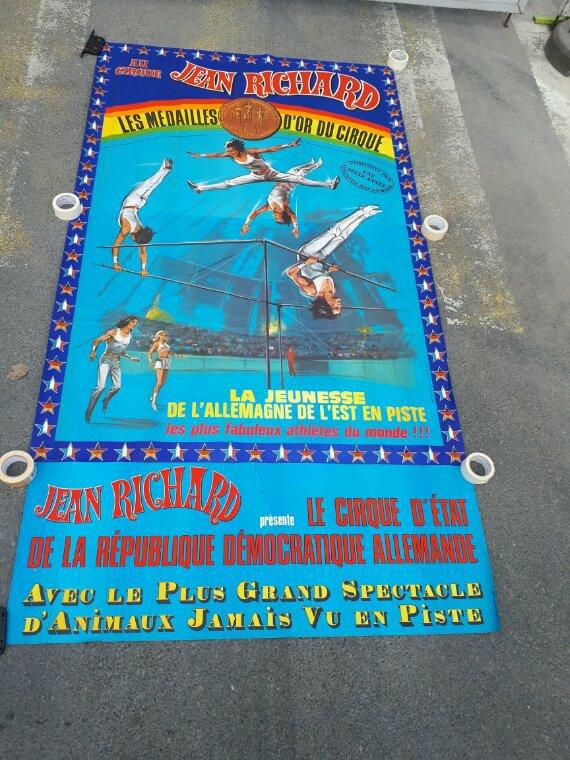 affiche murale (2 morceaux)+bandeau 1976 cirque jean richard  290X160