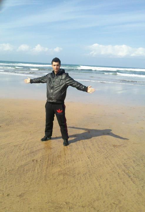 Moi   et  la plus belle  mer   du monde   à  Casablanca