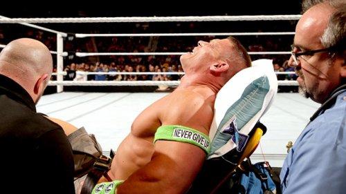 John Cena : Sa blessure n'est qu'une fiction