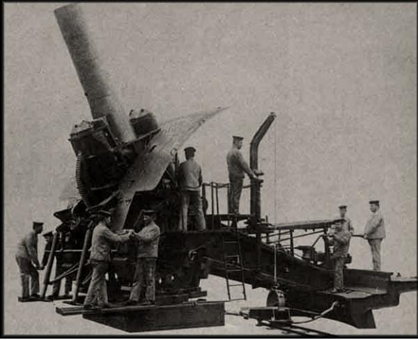 JOURNE DU 10 AOUT 1914 : OBUSIER DE 420 :