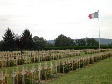 NECROPOLE NATIONALE DE PONTAVERT : CONFLIT 1914 1918