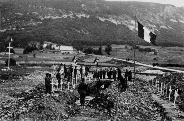 NECROPOLE DE VASSIEUX EN VERCORS : CONFLIT 1939 1945
