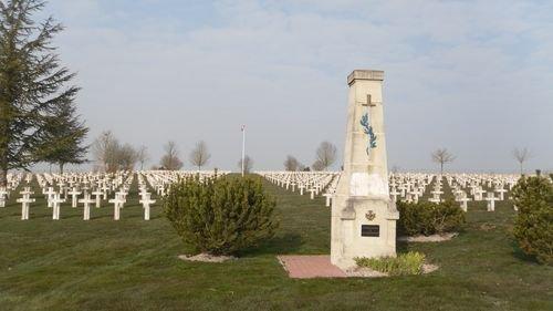 NECROPOLE NATIONALE DE ST -JEAN- SUR-TOURBE : CONFLIT 1914 1918