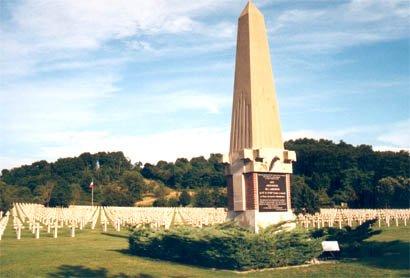 NECROPOLE DE STE MENEHOULD : CONFLITS 1914 1918 ET 1939 1945