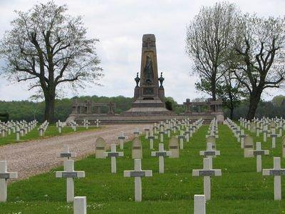 NECROPOLE NATIONALE DE CHAMPENOUX : CONFLIT 1914 1918
