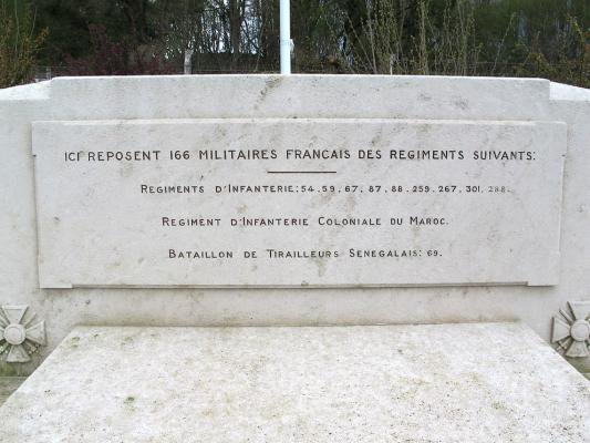NECROPOLE NATIONALE DE ST - REMY - LE -CALONNE : CONFLIT 1914 1918