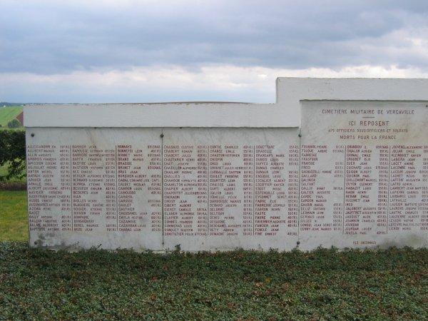 NECROPOLE NATIONALE DE VERGAVILLE : CONFLIT 1914 1918
