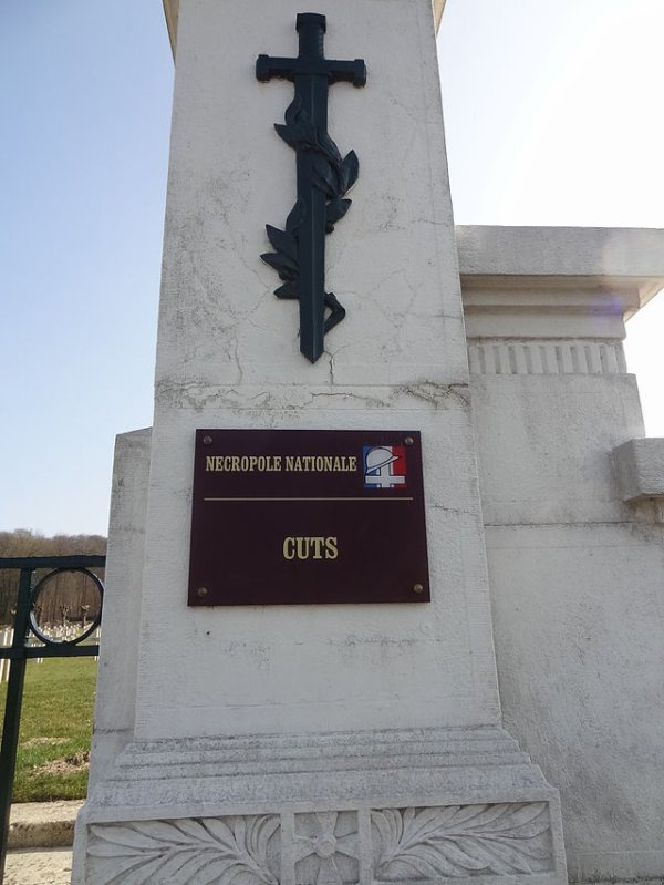 NECROPOLE NATIONALE DE CUTS : CONFLITS 1914 1918 ET 1939 1945
