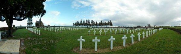 NECROPOLE NATIONALE DE MERY - LA - BATAILLE : CONFLIT 1914 1918