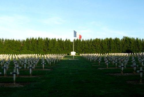 NECROPOLE NATIONALE DE REMY : CONFLIT 1914 1918