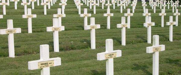 NECROPLE NATIONALE DE ST - POL - SUR - TERNOISE : CONFLIT 1914 1918