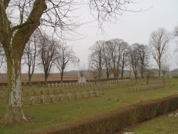 NECROPOLE NATIONALE DE CHAMBRY : CONFLIT 1914 1918