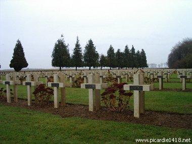 NECROPOLE NATIONALE DE MAUCOURT : CONFLITS 1914 1918 ET 1939 1945