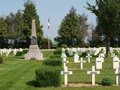 NECROPOLE NATIONALE DE VILLERS - CARBONNEL : CONFLIT 1914 1918