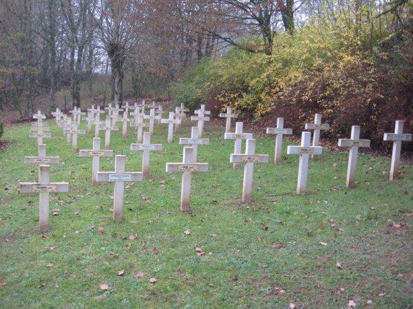 CIMETIERE MILITAIRE DE LACLAIREAU A ETHE : CONFLIT 1914 1918